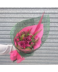 04 Exclusive Pink & Green Bouquet
